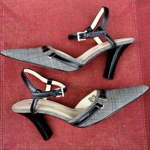 Anne Klein 6 professional heels ankle strap